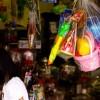 ふと駄菓子屋で夢中になってやったスーパーボールくじを思い出した・・・。