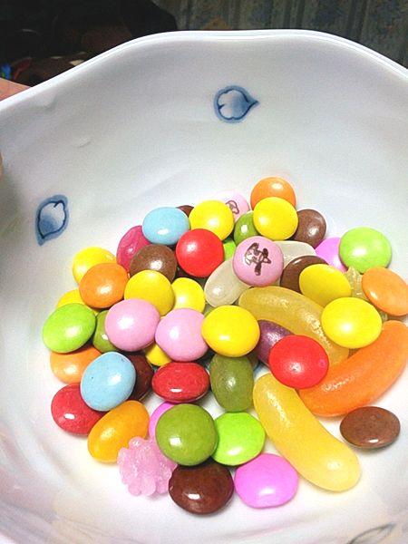 久しぶりにm&ms風のマーブルチョコレートを食べました