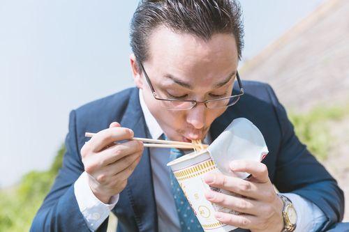 超問!真実か?ウソか?アノ大物俳優&大物歌手は○×が解けるかSPでインスタントヌードルが日本人が1番食べてるって?韓国人も辛ラーメンをよく食ってるね