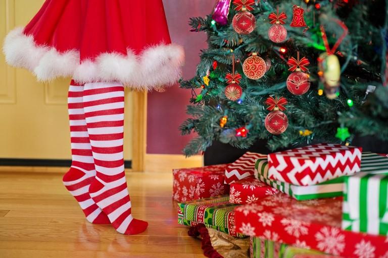 毎年クリスマスはカップルの話を盗み聞きして楽しんでいます
